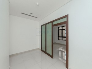 Gorgeous Studio Apartment with Kitchen Equipment | Deira