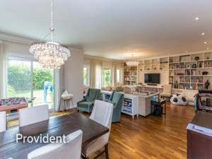 Alluring 5 Beds+M Triplex Freehold Dream Home