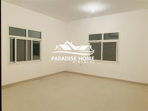 Excellent ! 4 Bedroom Hall In New Shahama