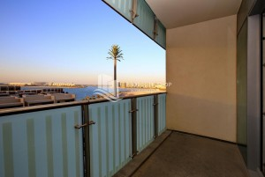 Move In Today- Beautiful & Breezy Sea View 4+Maid Apt