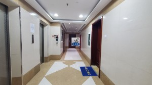GOOD C.A/C STUDIO FLAT IN HAMDA   BEHIND CROWN PLAZA WITH BUILT IN CUPBOARD