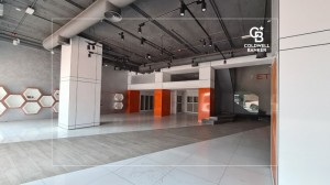 Fitted Showroom on Sheikh Zayed Road    Near Metro